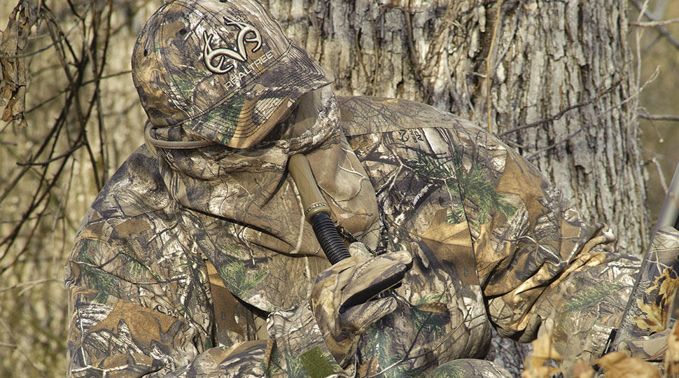 real tree vs mossy oak essay I have a set of the realtree aphd winter coat and bibs, and their waterproof jacket and pants with scentlock i have always bought realtree camo.