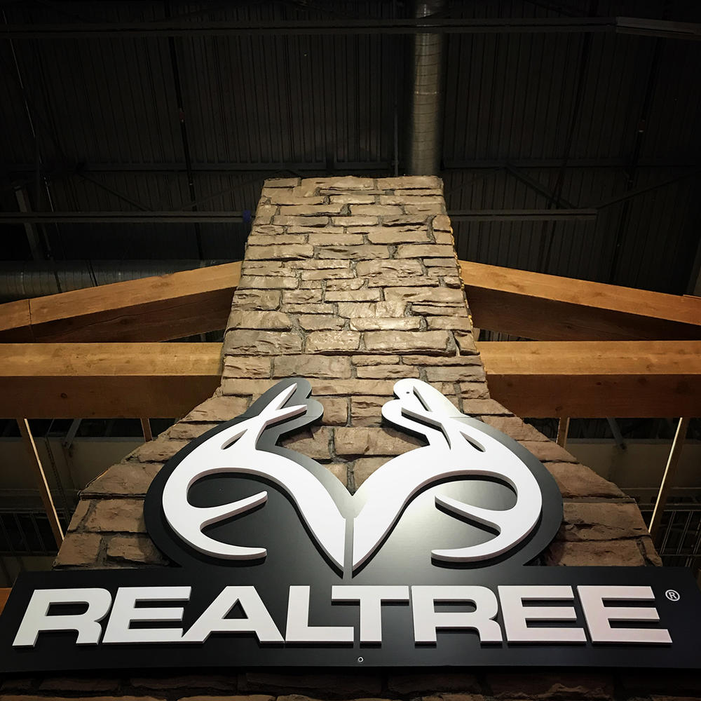 Realtree Booth