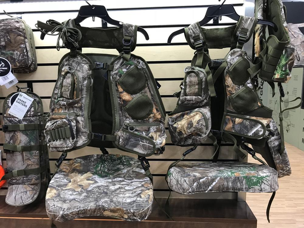 Knight & Hale RNG-200 Turkey Vest in Realtree EDGE