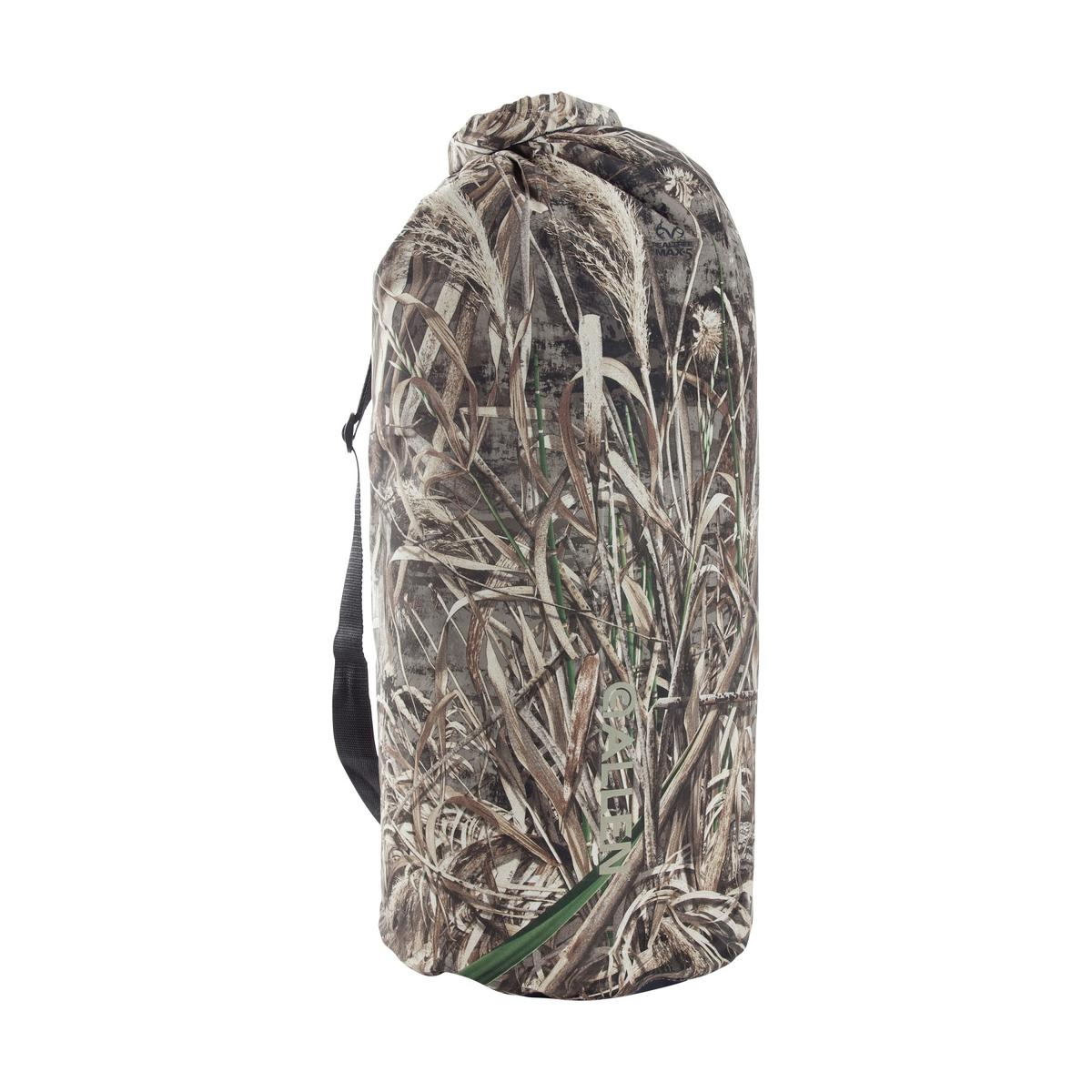 High-n-Dry Roll-Top Dry Bag in Realtree MAX-5