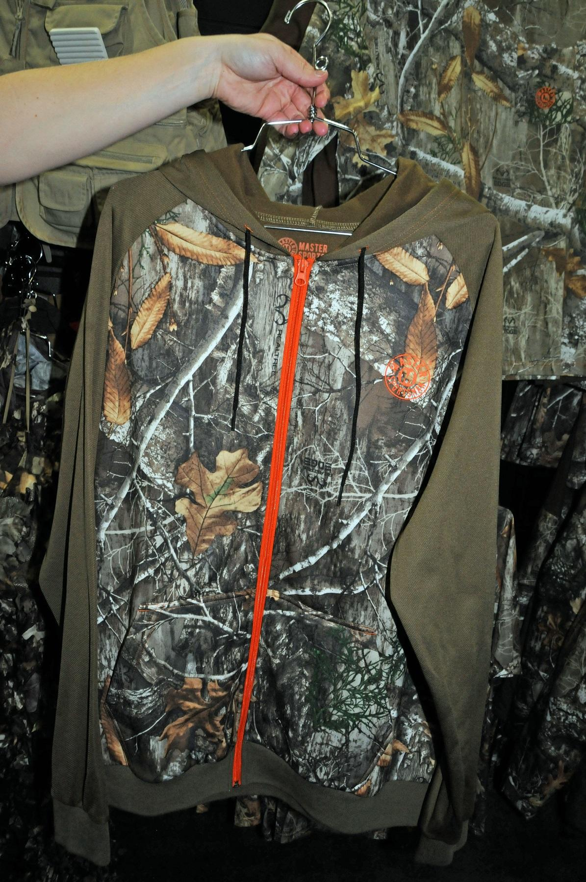 Master Sportsman Bullzeye Full Zip Hoodie in Realtree EDGE