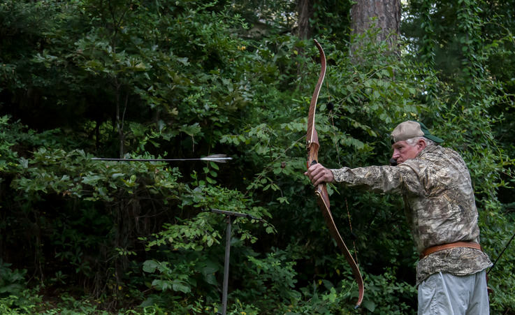 Rabbit Hunting with a Recurve | Small Game Hunting