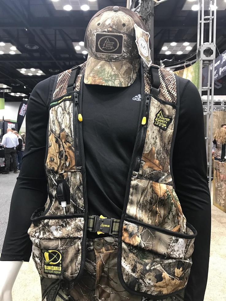 Hunter Safety System Pro Series in Realtree EDGE