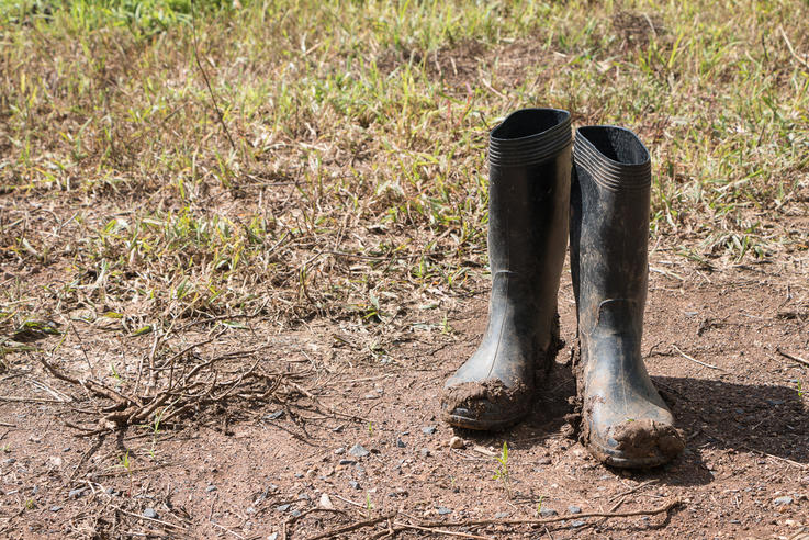 Myth: Rubber Boots Prevent Scent Detection