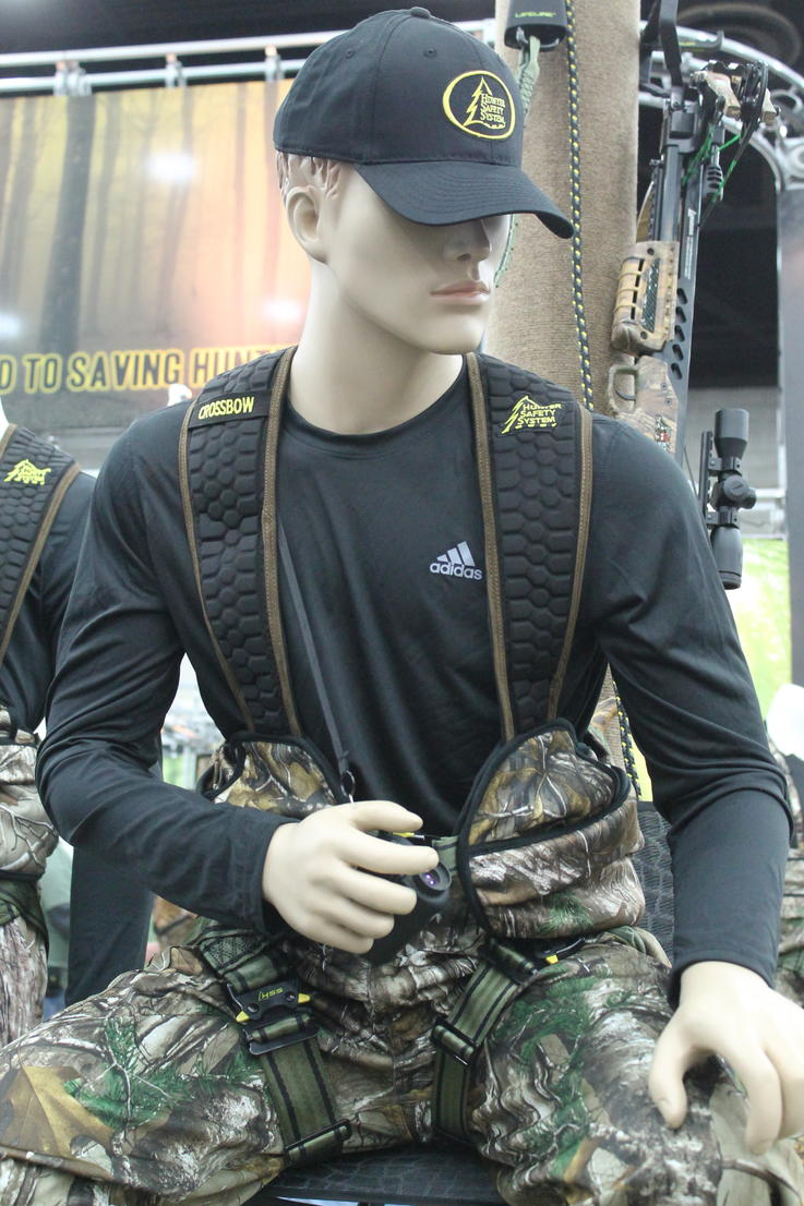 HUNTER SAFETY SYSTEM CROSSBOW HARNESS