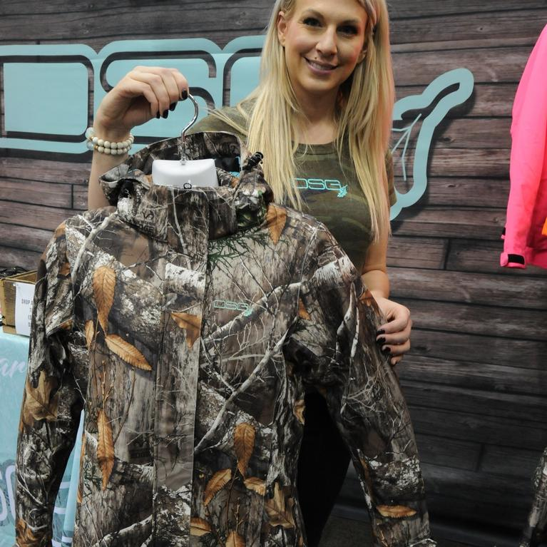 d275f31bb7c56 DSG Outerwear Shows Off New Realtree EDGE Women's Apparel at 2018 ...